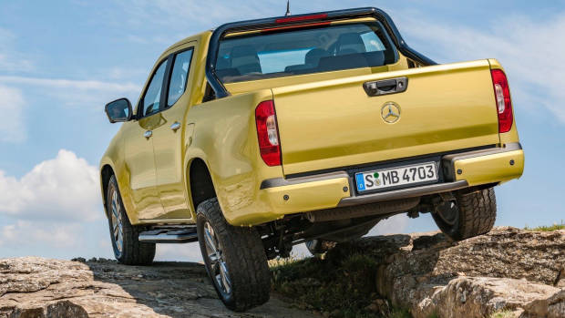 2018 Mercedes-Benz X-Class yellow rear