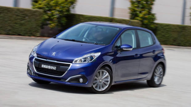2017 Peugeot 208 Active Blue – Chasing Cars