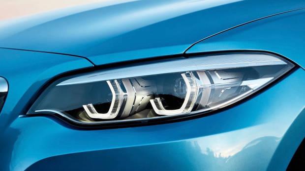 2018 BMW 2 Series LED headlights