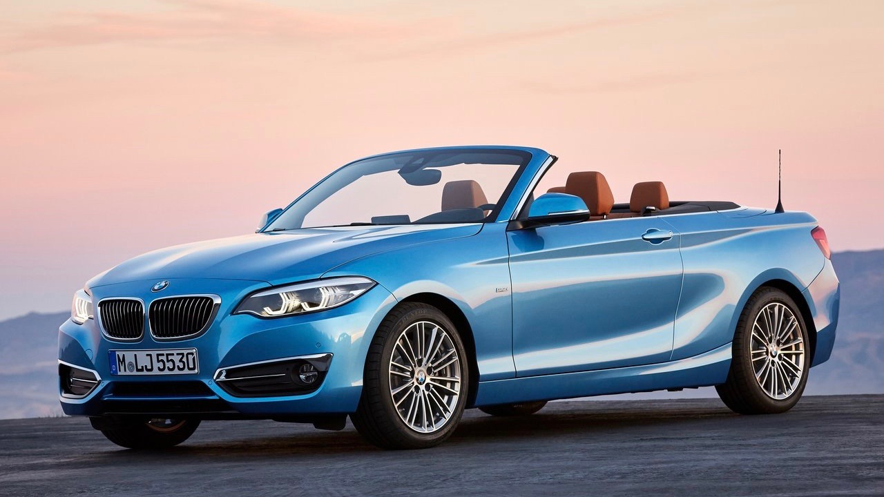 2018 BMW 2 Series convertible blue front side