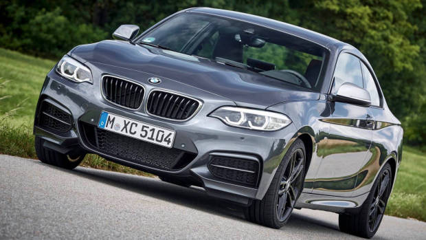 2018 BMW 2 Series grey front side moving
