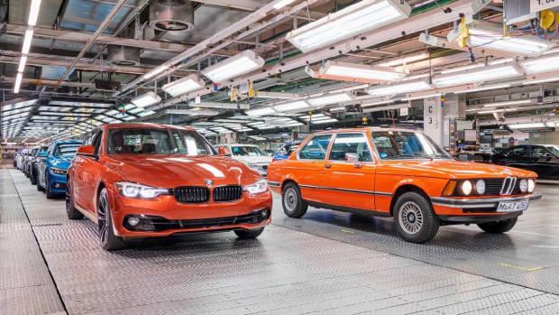 2018 BMW 3 Series Sunset Orange front factory
