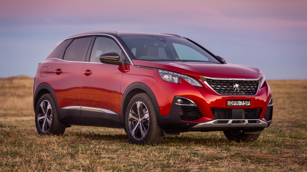 2018 Peugeot 3008 GT Line Ultimate Red Front End
