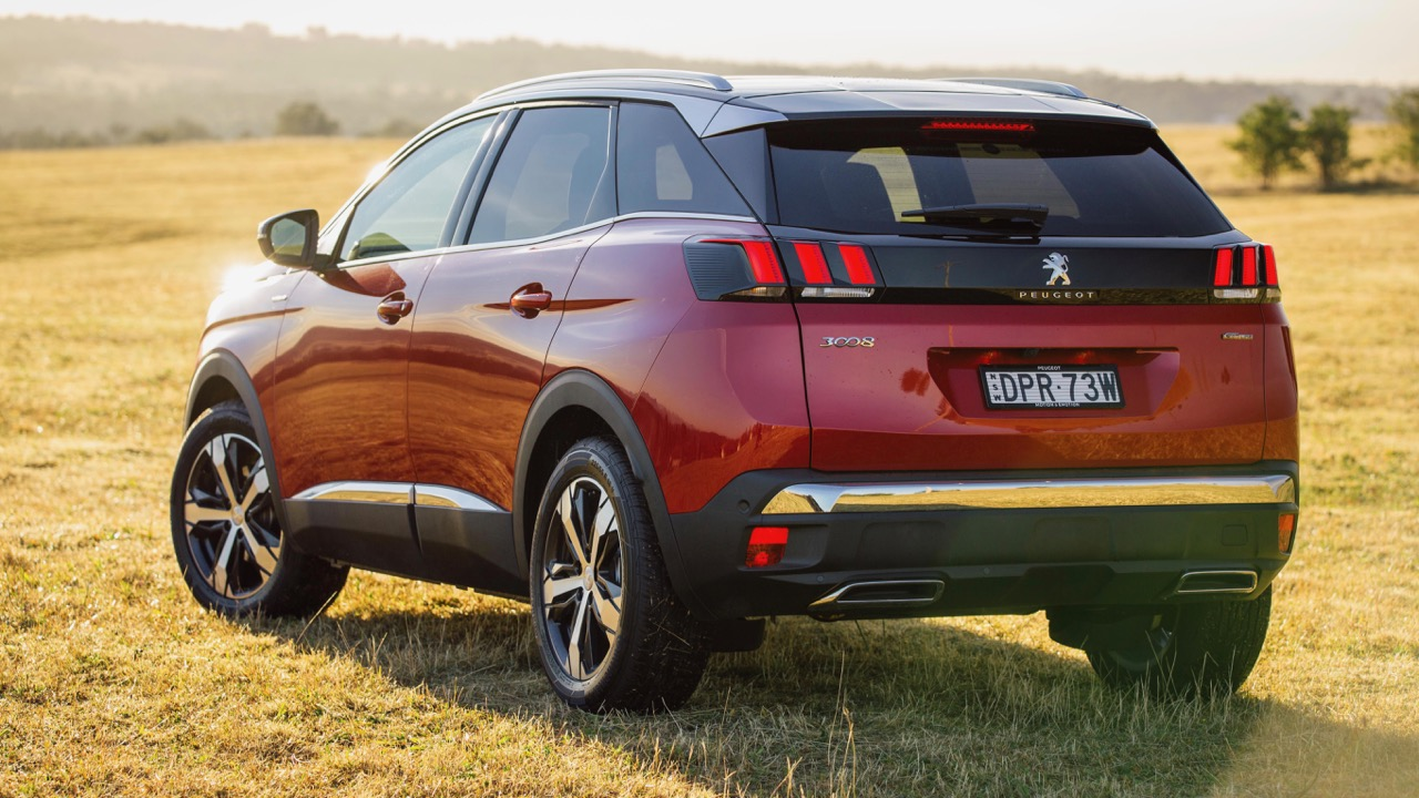 2018 Peugeot 3008 GT Line Ultimate Red Rear End