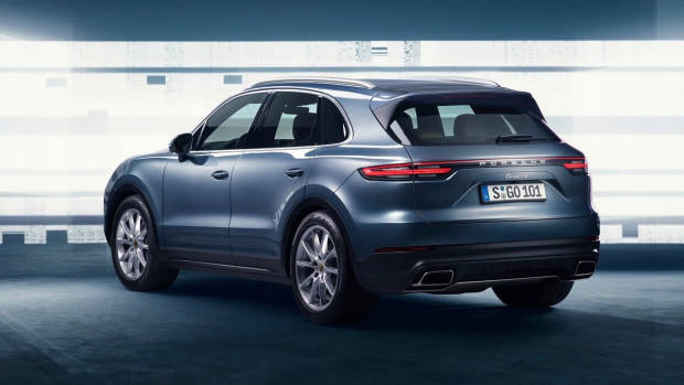 2018 Porsche Cayenne blue rear