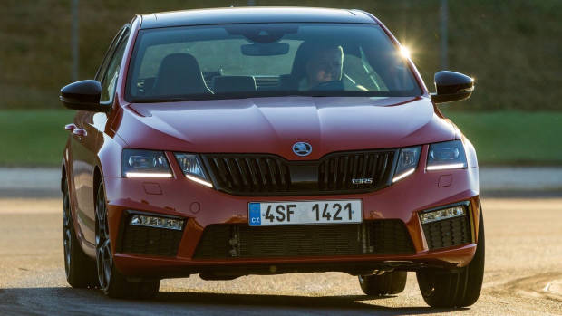 2018 Skoda Octavia RS245 red sedan front