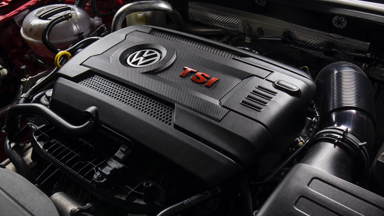 2018 Volkswagen Golf GTI Mk 7.5 EA888 engine