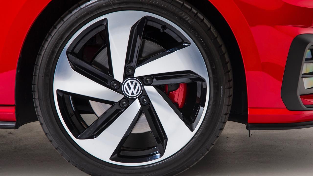 2018 Volkswagen Golf GTI Mk 7.5 Milton Keynes wheel