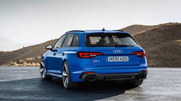 2018 Audi RS4 Avant Nogaro Blue rear2018 Audi RS4 Avant Nogaro Blue rear
