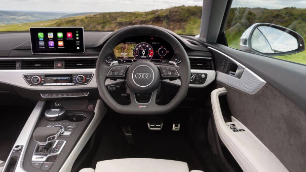 2018 Audi RS5 Coupe interior