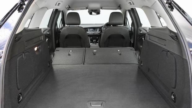 2018 Holden Astra Sportwagon bootspace