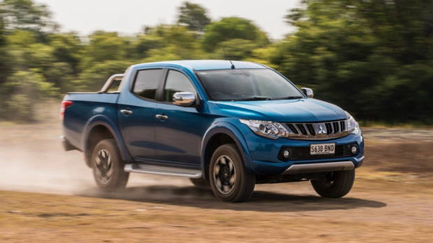 2017 Mitsubishi Triton Exceed Impulse Blue Driving Dirt