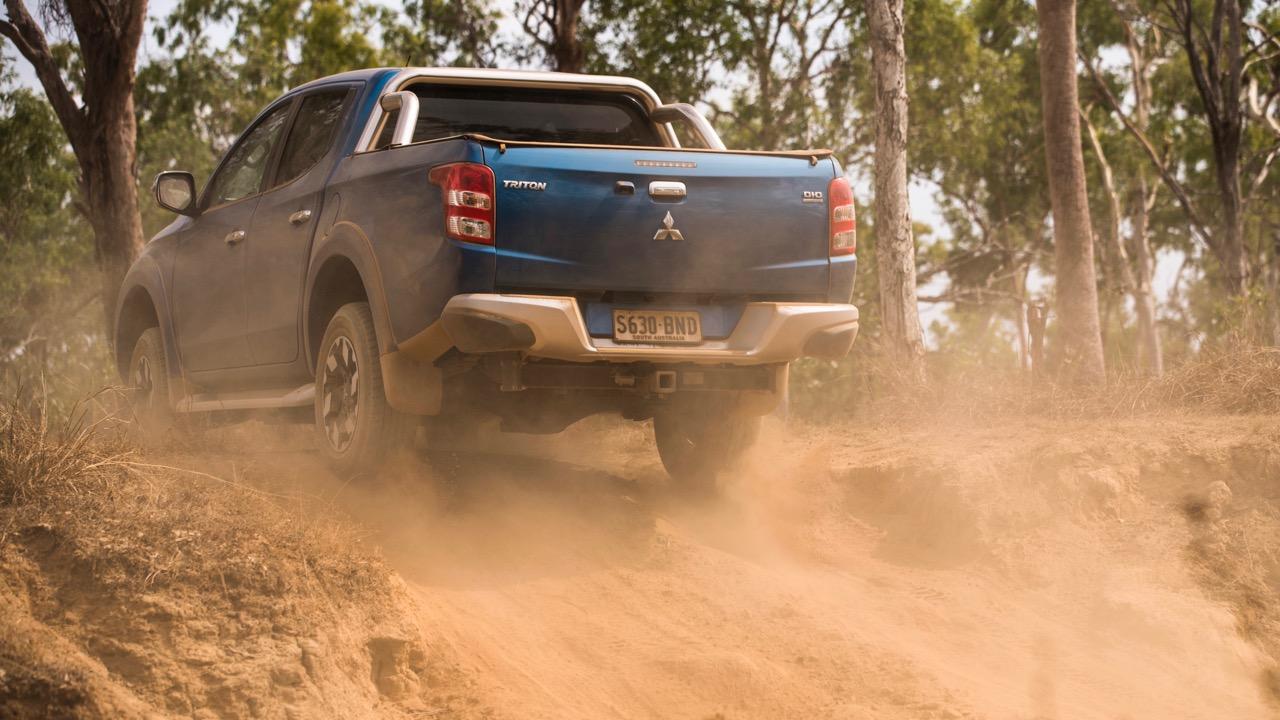 2017 Mitsubishi Triton Exceed Impulse Blue Off Road