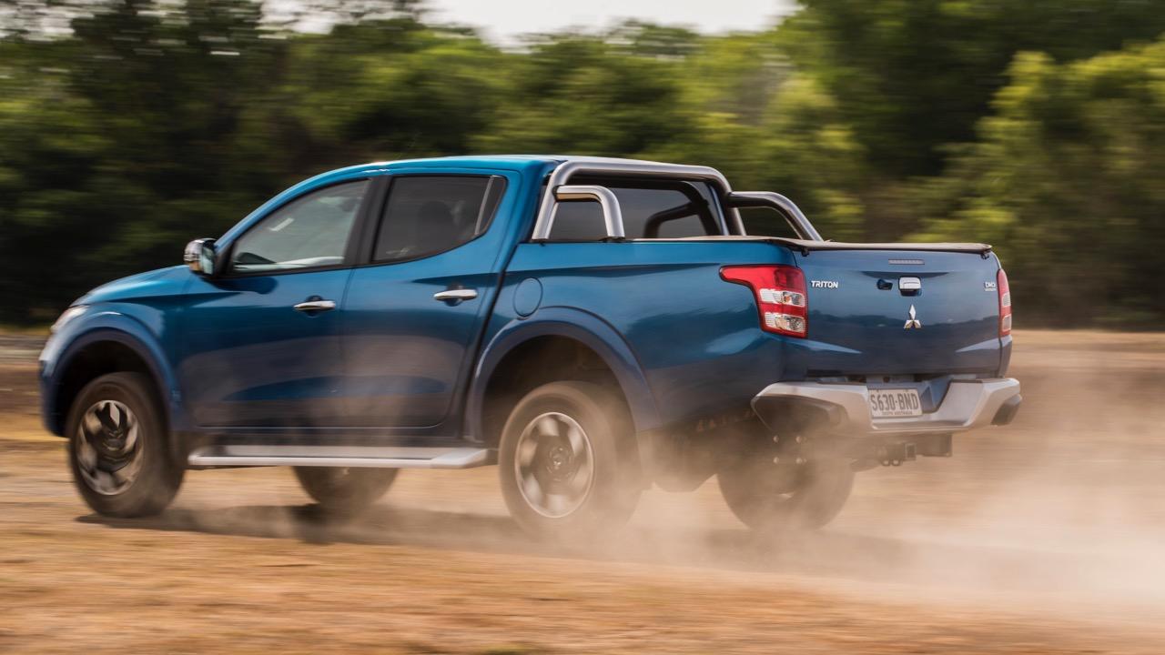 2017 Mitsubishi Triton Exceed Impulse Blue Side Profile Dirt