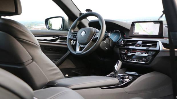 2018 BMW 5 Series Touring G31 Black Leather Interior