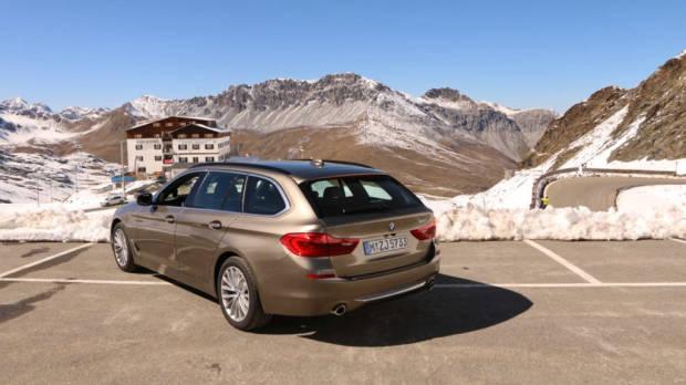2018 BMW 5 Series Touring Stelvio Pass