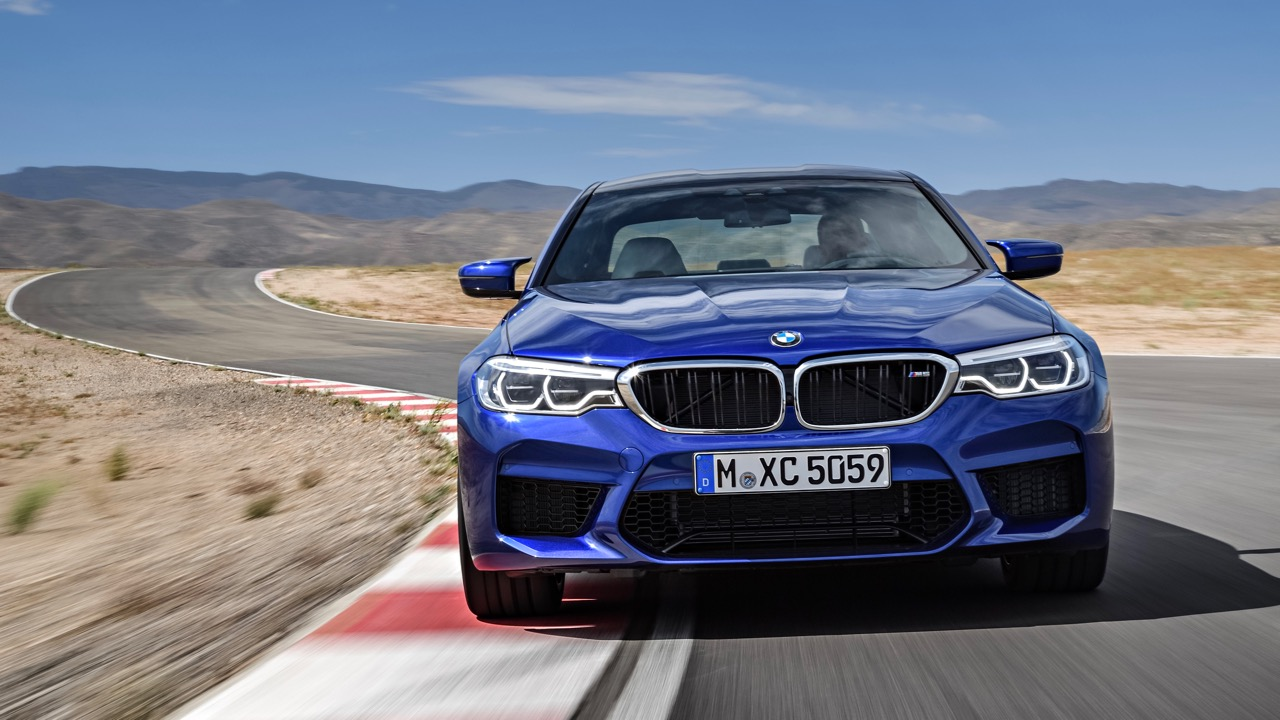 2018 BMW M5 front