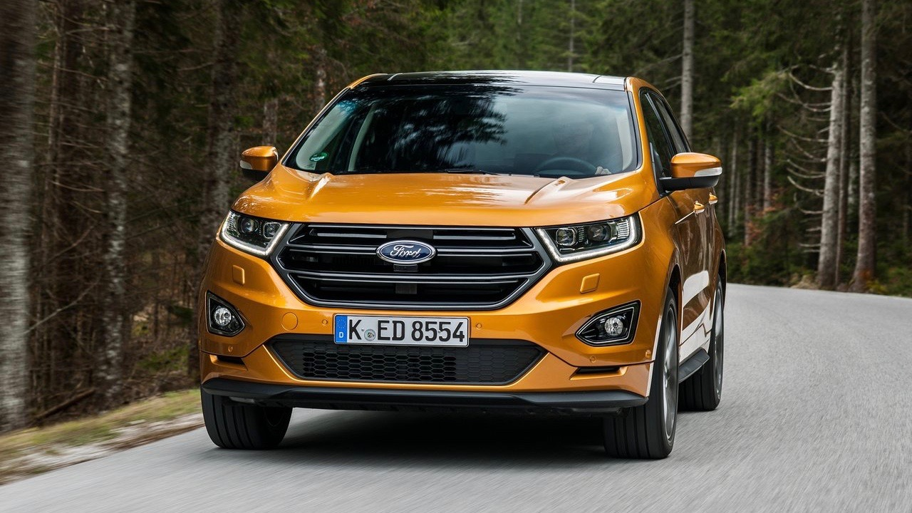 2018 Ford Edge ST-Line front
