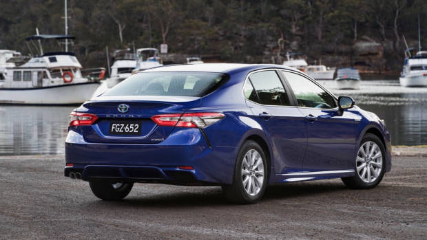 2018 Toyota Camry Ascent Sport Blue Rear End