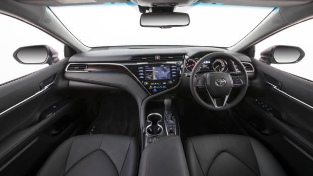 2018 Toyota Camry SL V6 Black Leather Interior