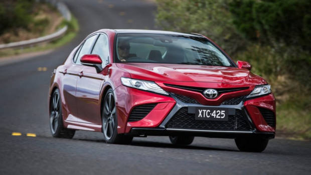 2018 Toyota Camry SX V6 Red Driving