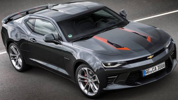 2018 Chevrolet Camaro SS grey front