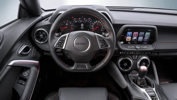 2018 Chevrolet Camaro SS interior