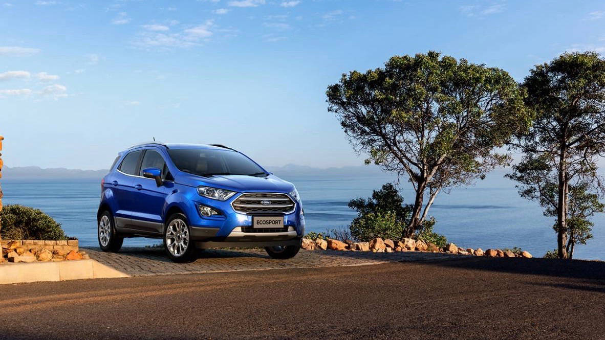2018 Ford EcoSport blue front