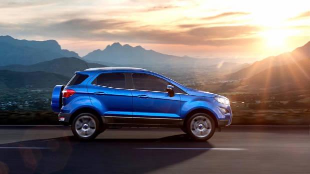 2018 Ford EcoSport blue side