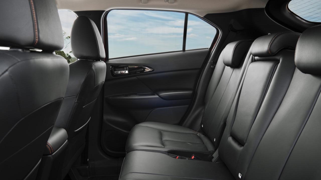 2018 Mitsubishi Eclipse Cross Back Seat Space
