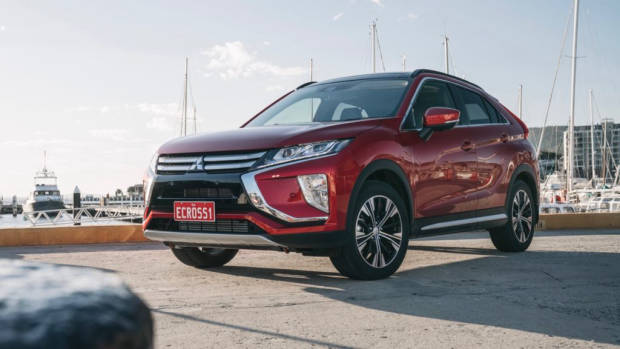 2018 Mitsubishi Eclipse Cross Red Diamond Front End
