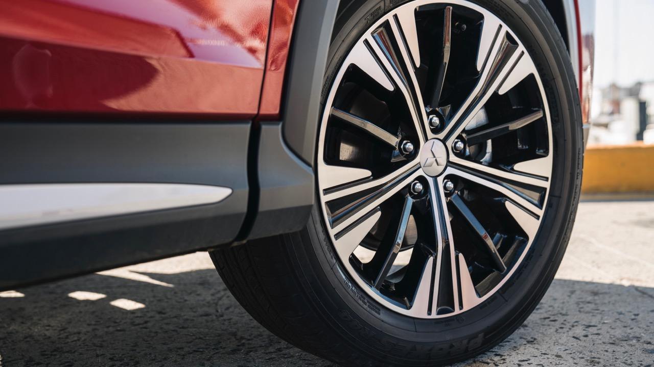 2018 Mitsubishi Eclipse Cross Wheel Design
