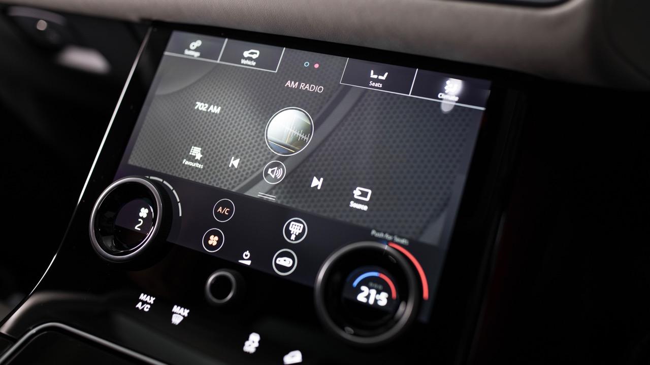 2018 Range Rover Velar InControl Touch Pro Screens