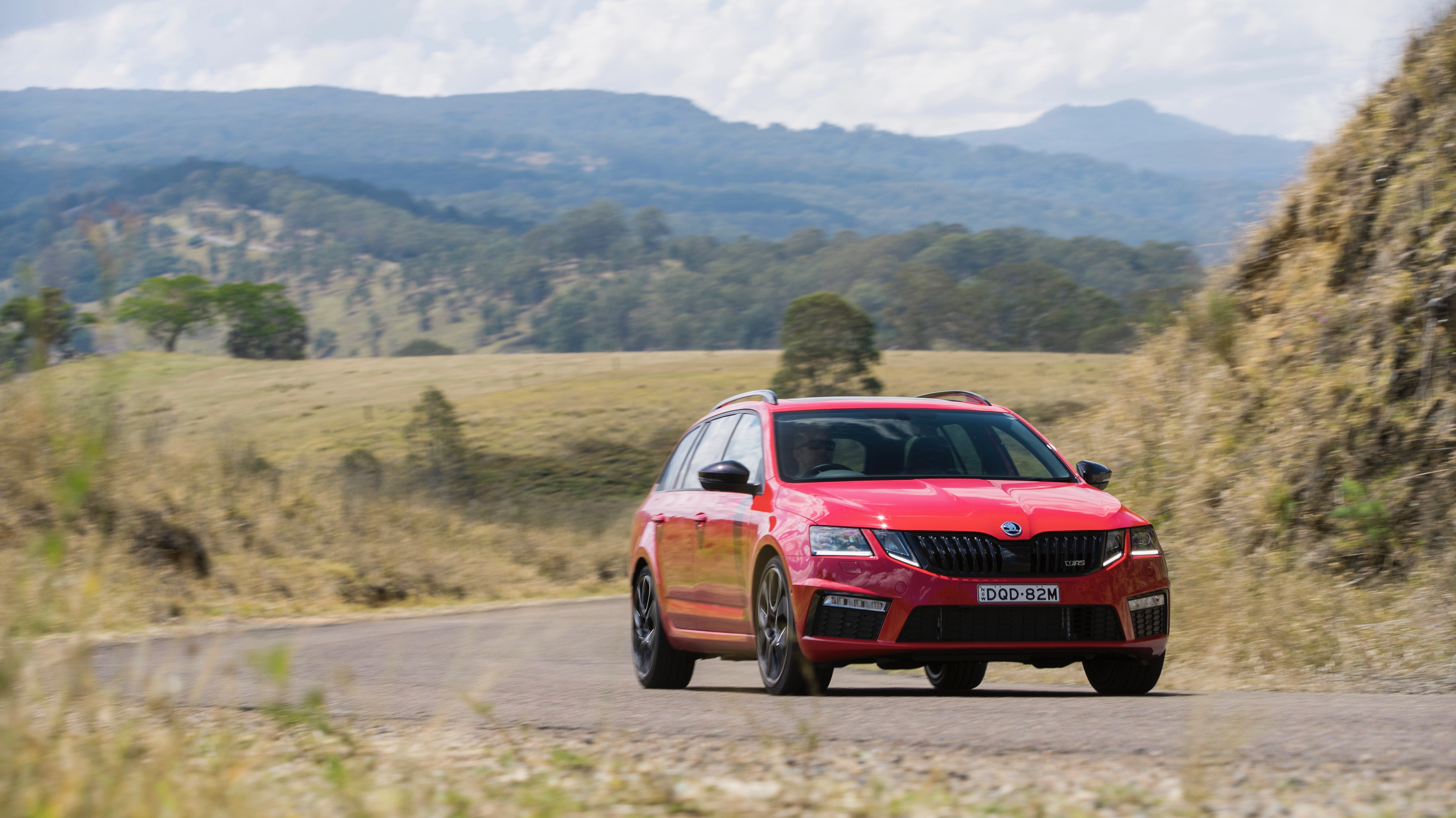 2018 Skoda Octavia RS245 red front moving