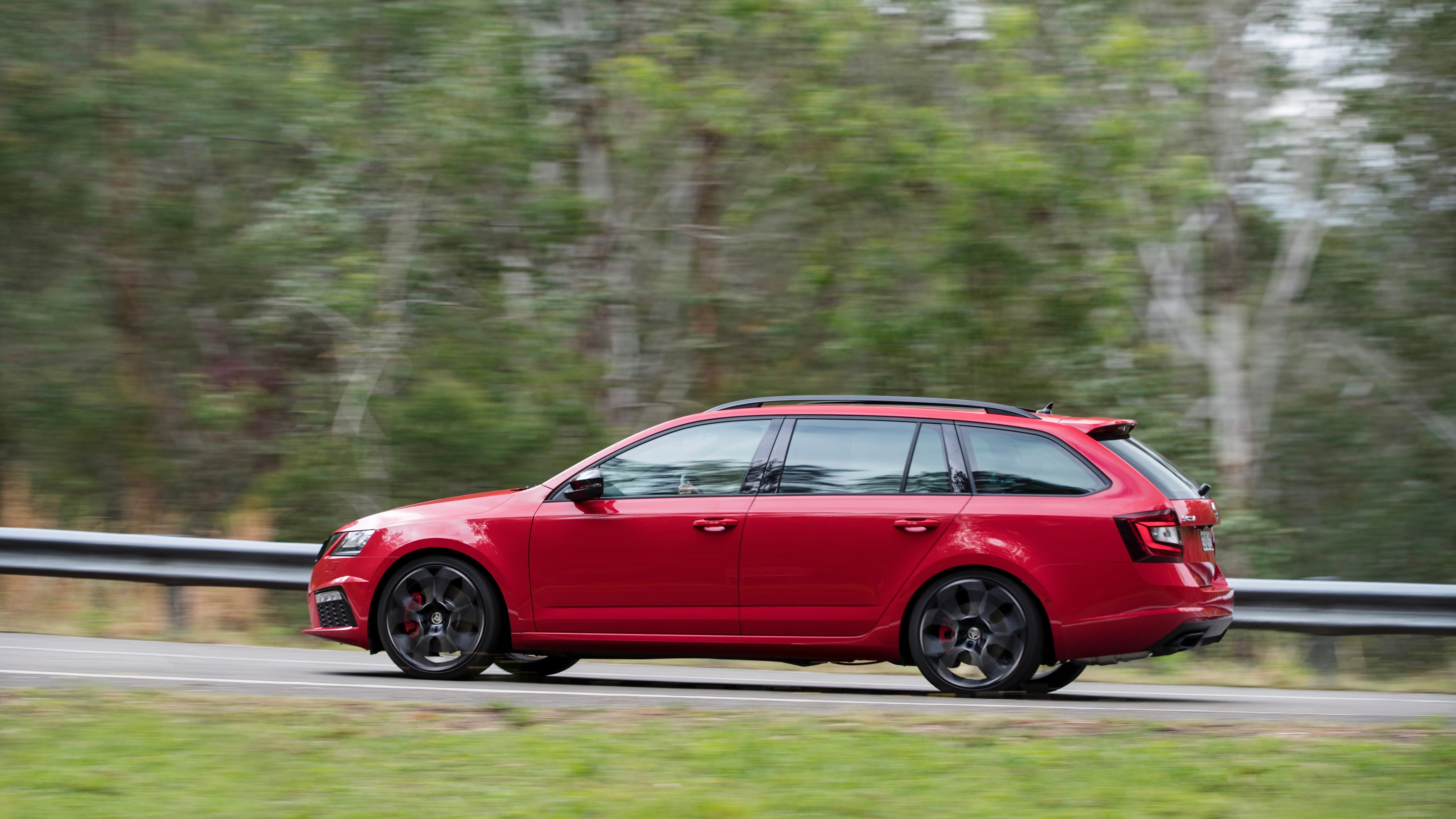 2018 Skoda Octavia RS245 red side