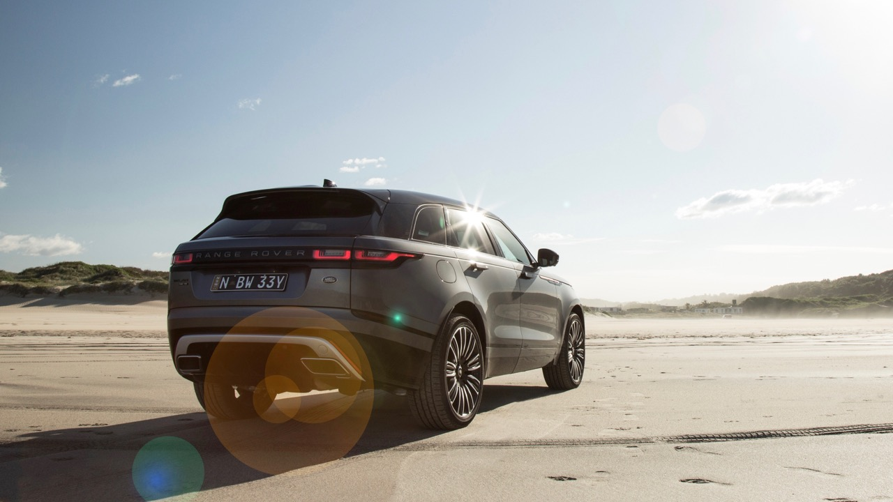 MY18 Range Rover Velar R-Dynamic 1st Edition Rear End