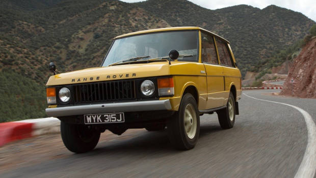 1970 Range Rover yellow front