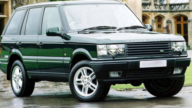 2001 Range Rover green front