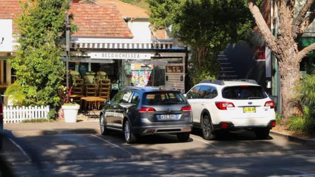 2017 Subaru Outback Volkswagen Golf Alltrack Comparison Rear End