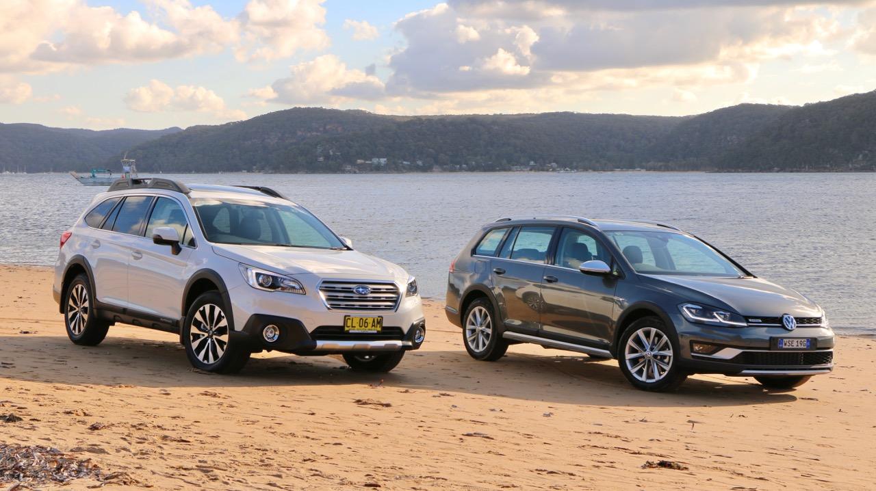 2017 Subaru Outback Volkswagen Golf Alltrack Comparison on Sand
