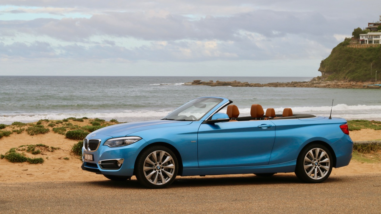 2018 BMW 230i Convertible Seaside Blue Side Profile