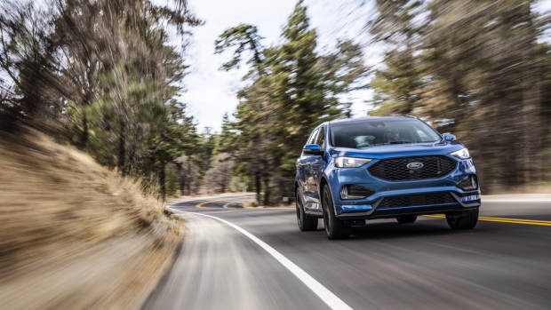 2018 Ford Edge Endura ST Blue Front End Driving Australia