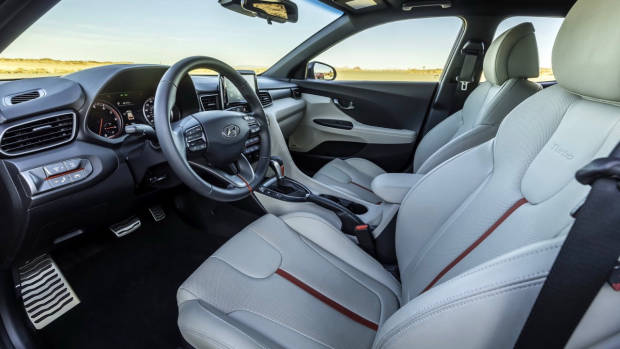 2018 Hyundai Veloster Turbo White Leather Interior