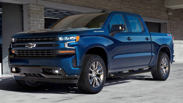 2019 Chevrolet Silverado blue front
