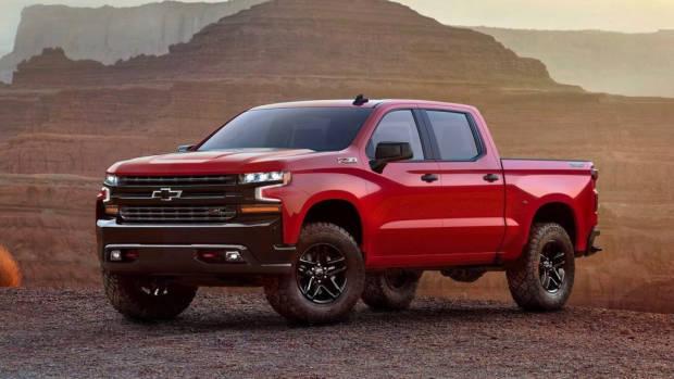 2019 Chevrolet Silverado red front