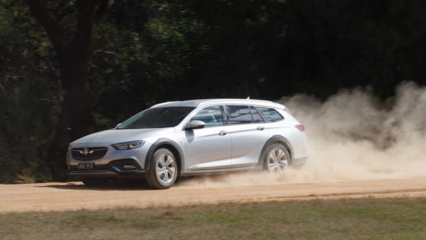 2018 Holden Commodore Calais Tourer Nitrate Silver Off Road