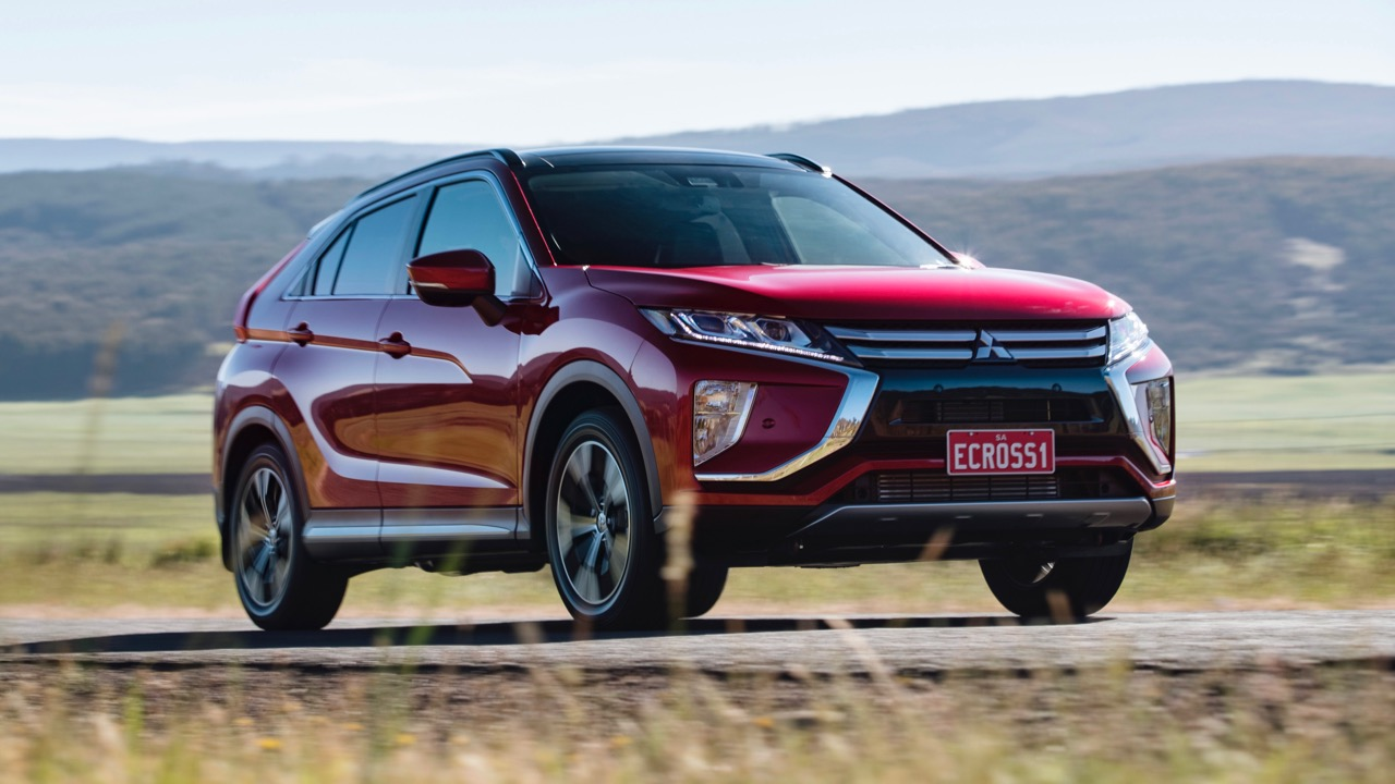 2018 Mitsubishi Eclipse Cross Review Red Diamond Driving Front
