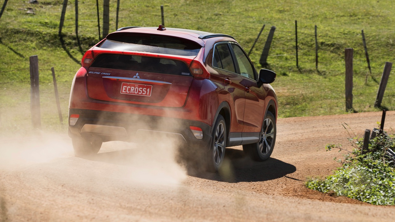 2018 Mitsubishi Eclipse Cross Review Red Diamond Off Road Rear