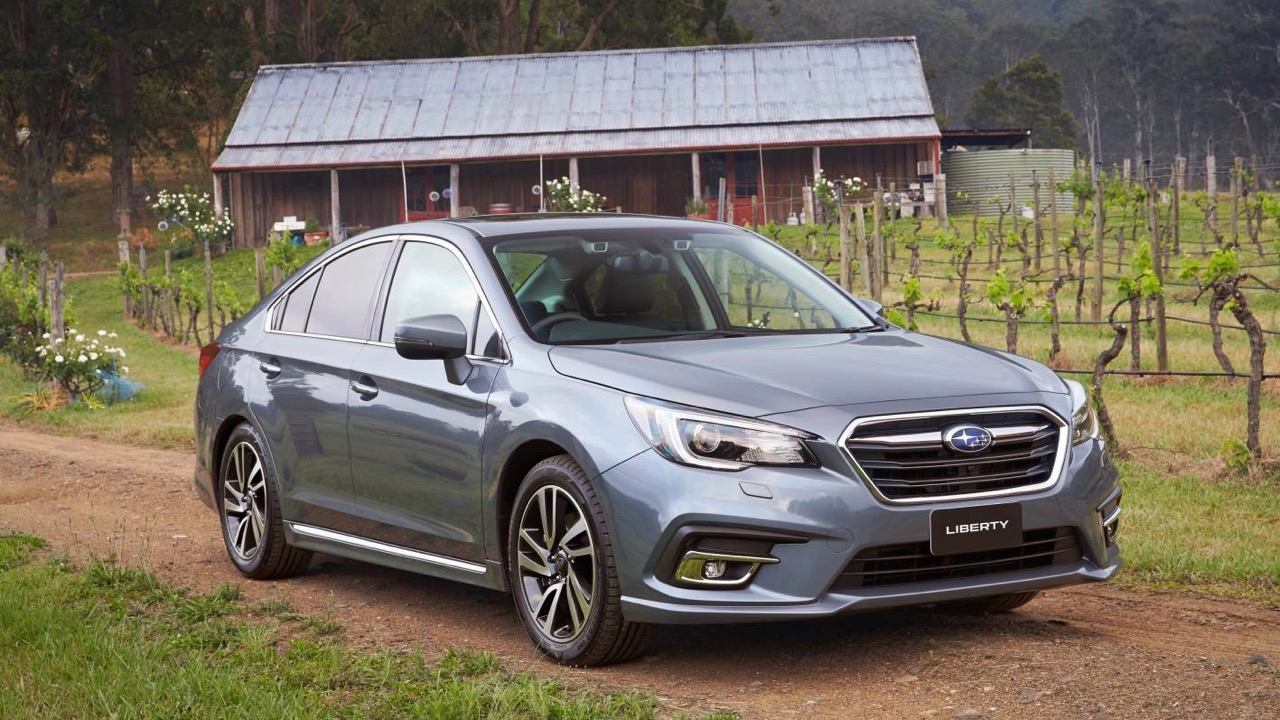 2018 Subaru Liberty 3.6R grey front 3/4