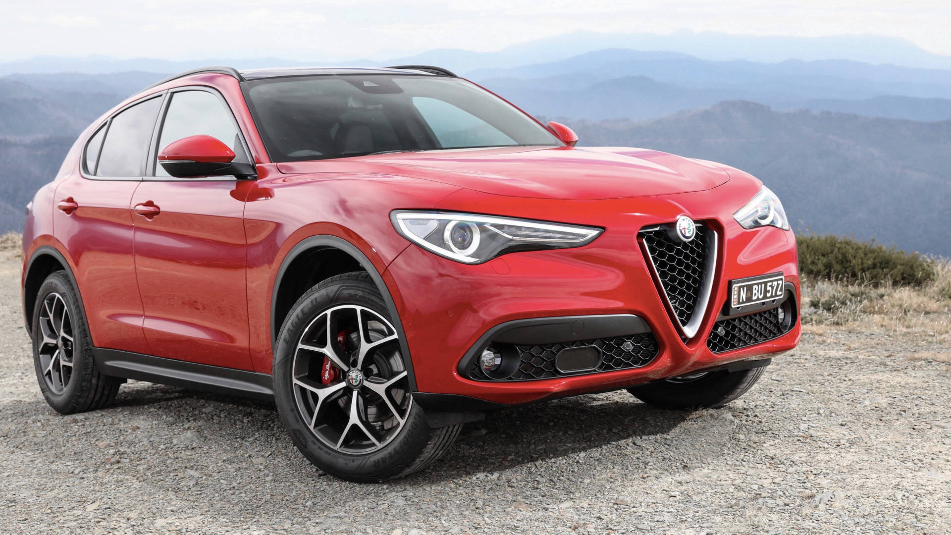 2018 Alfa Romeo Stelvio First Edition red front 3/4